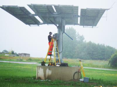 Installing Alternative Green Energy Solar Panels